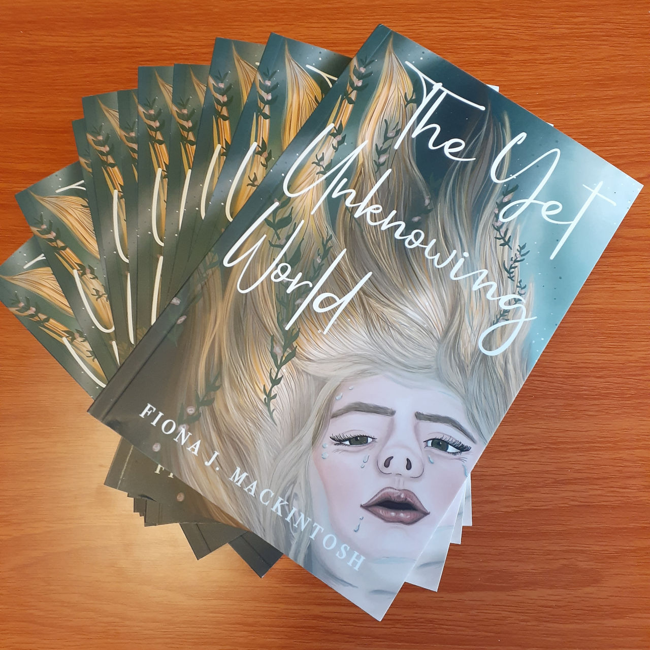 The Yet Unknowing World - Fiona J. Mackintosh - ad Hoc Fiction